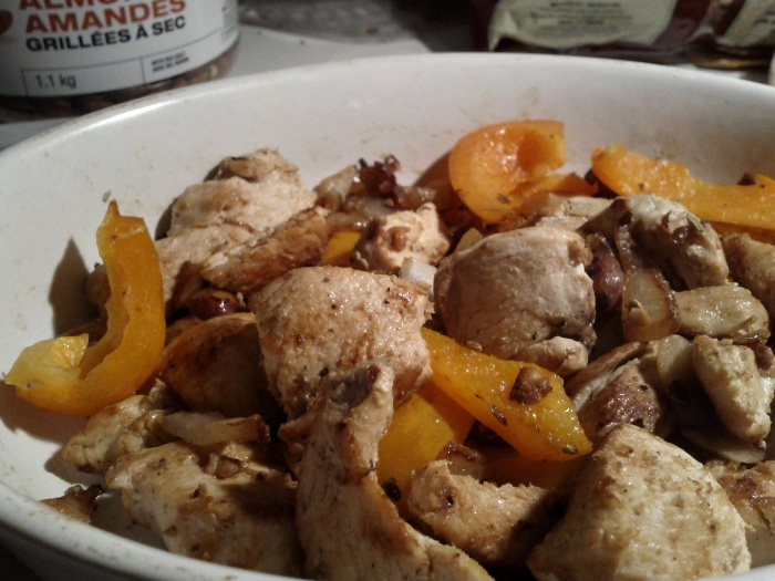 fennel chicken with almonds and yellow peppers